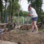 Hügelbeet Erfahrungen Hügelbeet Aufbau Hügelbeet anlegen Hügelbeet im Garten Gartenabfall wieder verwenden Hügelbeet Vorteile Hügelbeet Permakultur